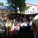 Детские спектакли с чревовещанием на улице